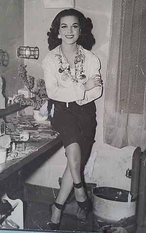 Hilda Simms - Hilda Simms backstage after a Broadway show