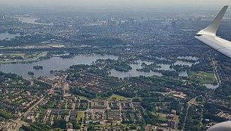 Hillegersberg - Hillegersberg (Rotterdam) looking south from the air