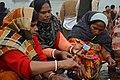 Hindu Devotees Preparing For Surya Puja - Makar Sankranti Observance - Kolkata 2018-01-14 6880.JPG