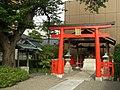 Hiye Inari Shrine (日吉稲荷神社) - panoramio.jpg