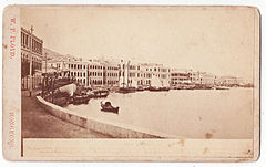 Hong Kong CDV-Praya Central by W.P. Floyd.JPG