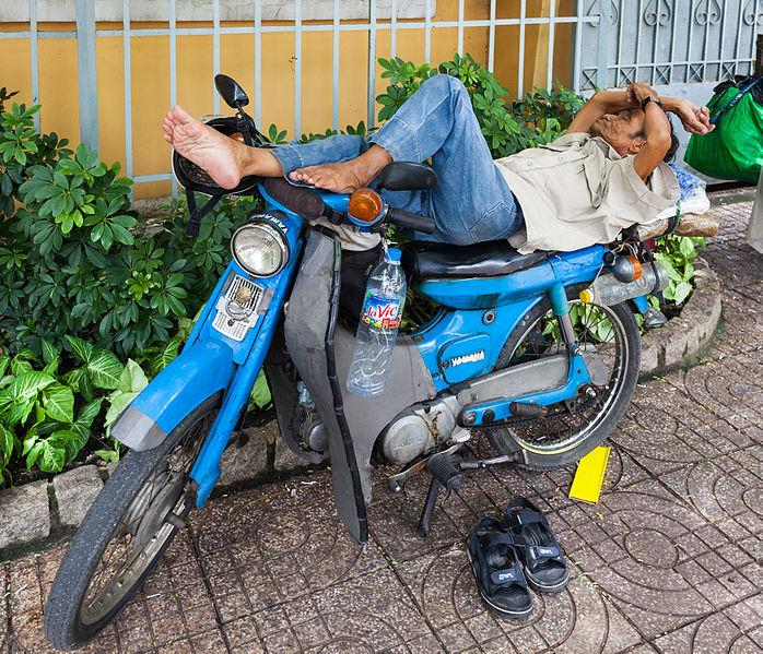 spain siesta law