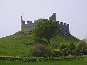 Hume Castle - geograph.org.uk - 812984.jpg