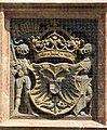Innsbruck, Goldenes Dachl, untere Brüstung, Relief links Mitte, Wappen des Hl. Röm. Reichs dt. Nat.jpg