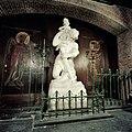 Interieur, beeld van Sint-Christoffel, uitgevoerd door H.J. Etienne te Delft, 1950. - Delft - 20421217 - RCE.jpg