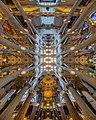 Interior del Templo Expiatorio de la Sagrada Familia.jpg