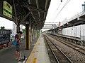 JREast-Ryomo-line-Isesaki-station-platform-for-Maebashi-20090709.jpg