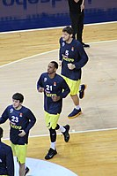 James Nunnally 21 Fenerbahçe men's basketball Euroleague 20161201.jpg