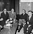 Japanse voorzitter in de Tweede Kamer , de heer Fuanda op Schiphol, Bestanddeelnr 916-8620.jpg