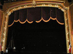 Jefferson Theatre - Image: Jeffarch 2