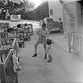 Jongen en peuters bij de kinderopvang van kibboets Kiwath Brenner, Bestanddeelnr 255-0575.jpg