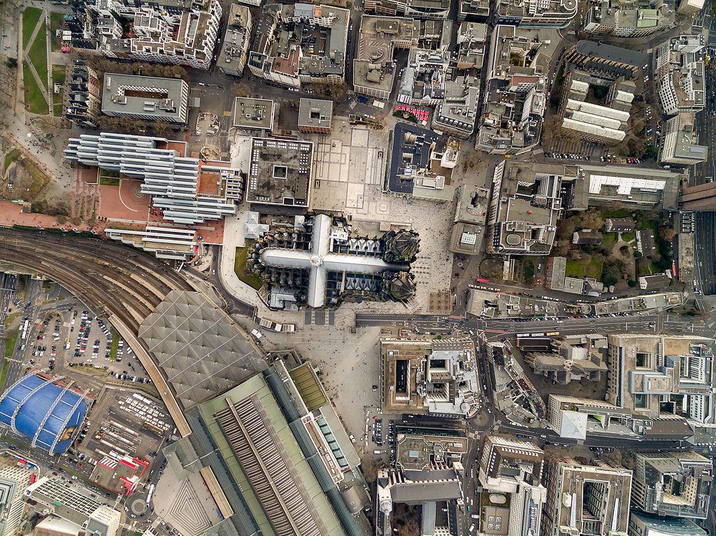 Kölner Dom Luftbild - cologne cathedral aerial (25234317422)