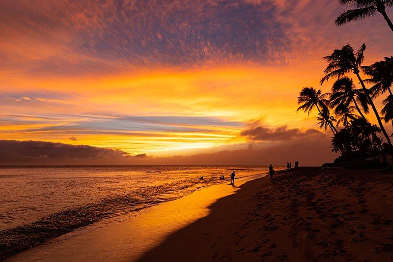 File:Kaanapali beach sunset on Maui Hawaii (45015472644).jpg