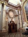 Karlskirche - Wien 050.jpg