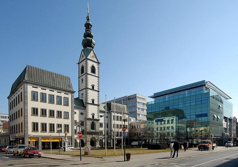 File:Klagenfurt Domplatz Kirche 22022007 01.jpg