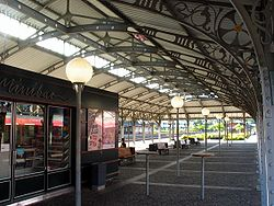 Klampenborg Station 2005-01.jpg