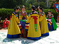 Korean dance-Jinju pogurakmu-07.jpg