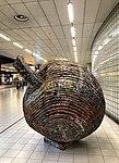 Kunst - Aankomsthal Schiphol (43942719732).jpg