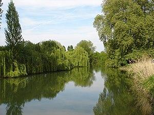 Indre (river) - Image: L'Indre à Rigny Ussé