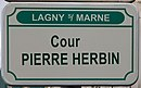 L1732 - Plaque de rue - Cour Pierre Herbin.jpg
