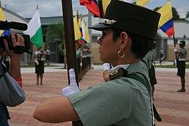 La mujer en la Policía Nacional (5513371169).jpg