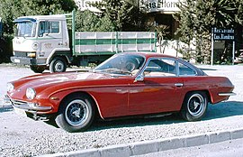 Lamborghini 400 GT 2+2 with truck in Tenerife.jpg