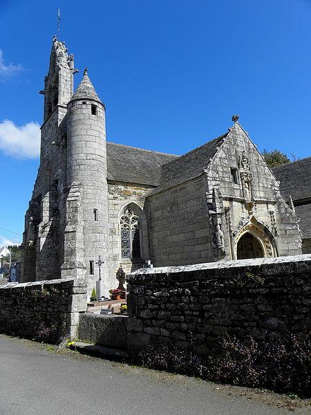 Église Saint-Loup de Lanloup (22). Clocher et porche sud.