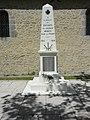 Le Chevain (Sarthe) monument aux morts.jpg