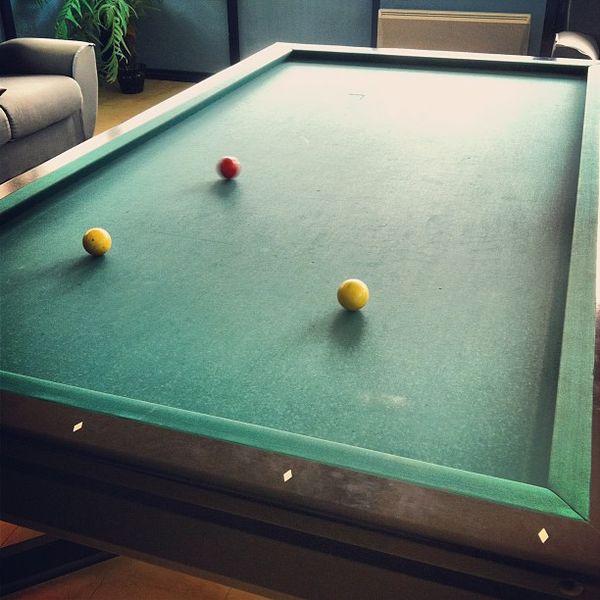 Le pool c'est surfait, on s'attaque au billard français avec @batmanuel