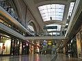 Leipziger Hauptbahnhof - Querhalle mit Oberlichtern.jpg