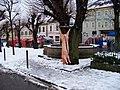 Lomnice nad Popelkou, Husovo náměstí, zabijačka.jpg