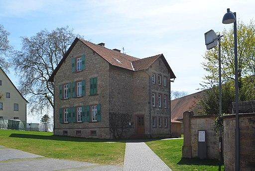 Lorsch, Nibelungenstraße 38