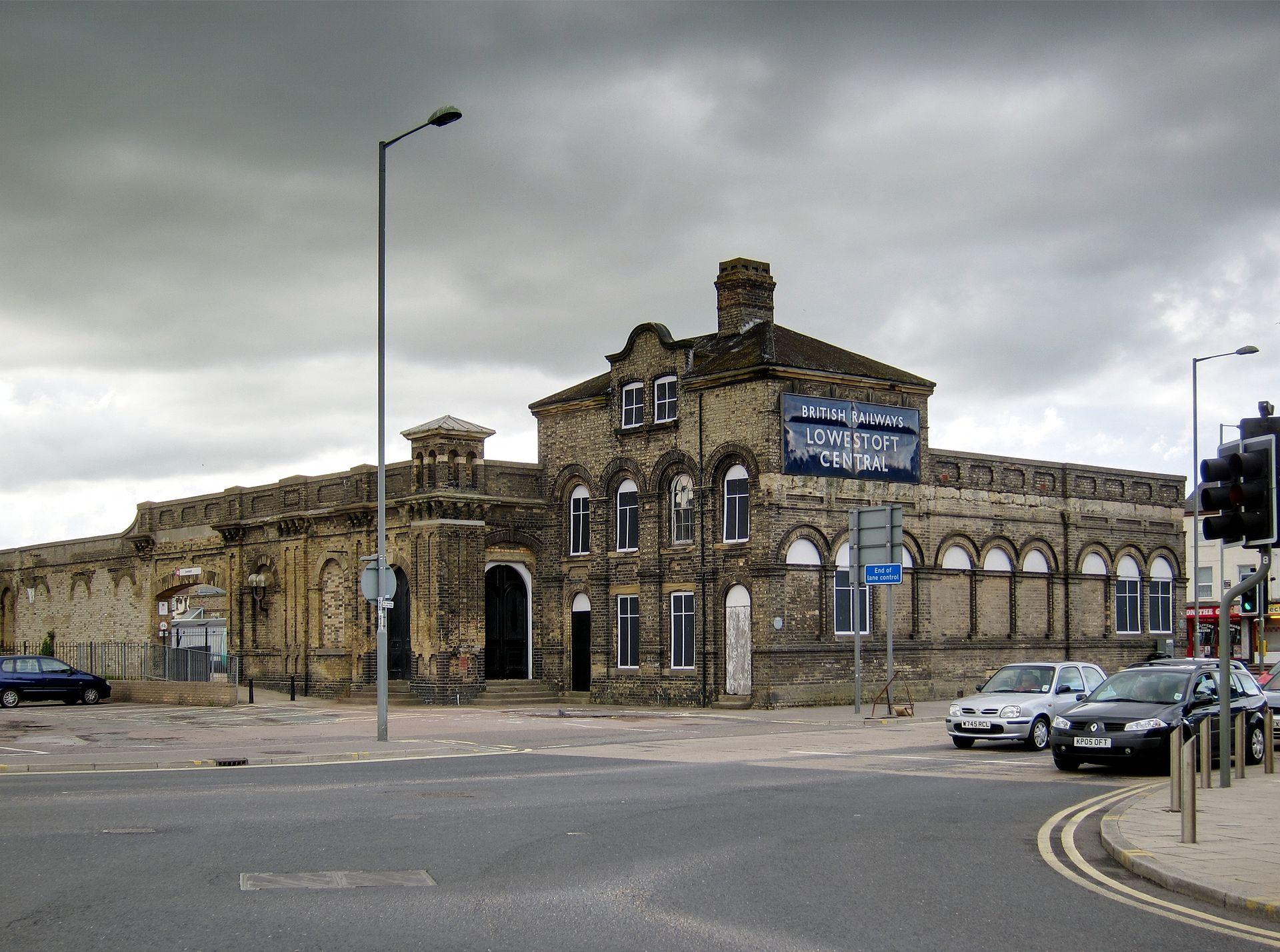 Lowestoft railway station - Wikipedia