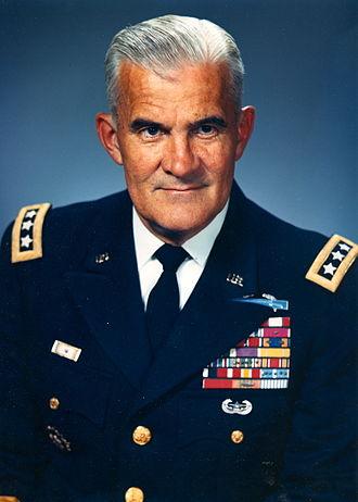 William Wilson Quinn - Image: Lt. Gen. William W. Quinn