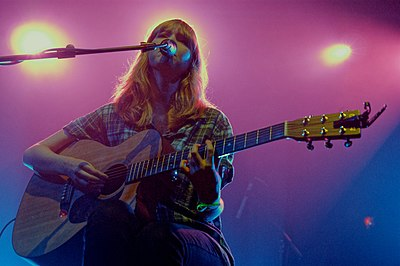 Picture of a band or musician: Lucy Rose