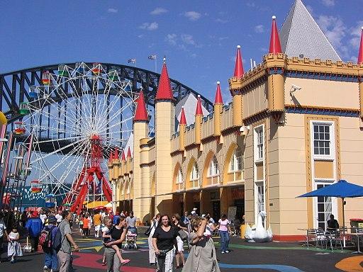 Luna Park (2049767251)
