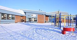Lutsel k'è Dene School di Winter.jpg