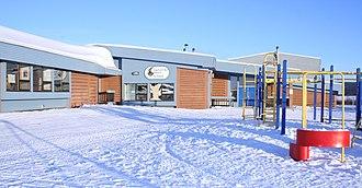 Chipewyan - Image: Lutsel K'e Dene School in Winter