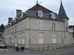 Особняк братьев Гонкур - Bar-sur-Seine (Бар-сюр-Сен), Шампань, Франция @ frenchtrip.ru