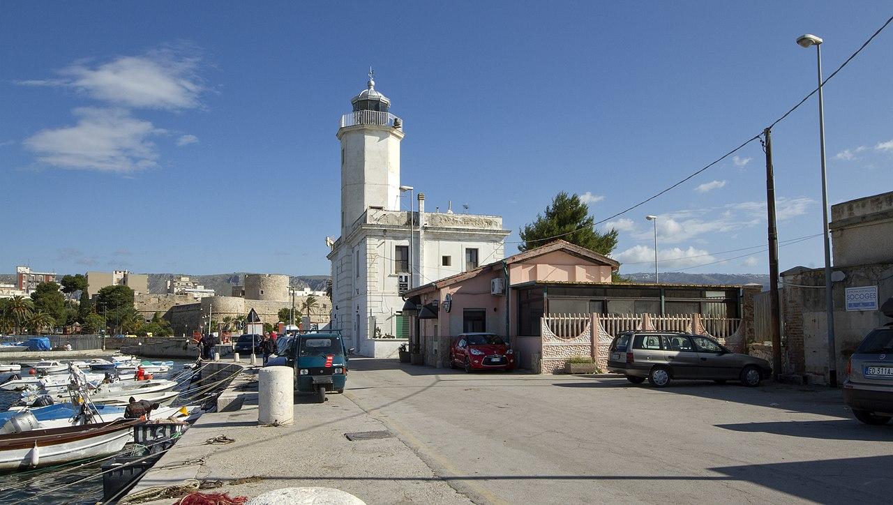 FileManfredonia, Province of Foggia, Italy panoramio