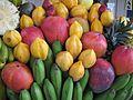 Mango, papaya arequipena, banana (5396525609).jpg