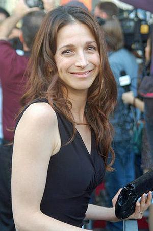 Marin Hinkle - Image: Marin Hinkle HWOF Sept 2011