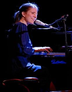 Markéta Irglová Czech singer-songwriter, musician and actress