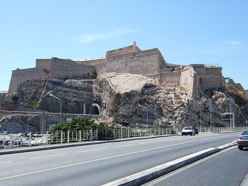Fichier:Marseille Fort Saint Nicolas.jpg