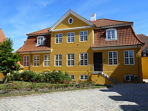 Fæstningens Materialgård - The Storage Keeper's House seen from the courtyard