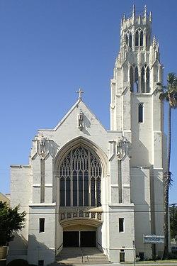 McCarty Memorial Christian Church, Los Angeles edit1.jpg