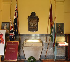 Melbourne High School - Memorial commemorating members of the school who were killed in World War I.