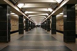 Metro SPB Line1 Veteranov.jpg