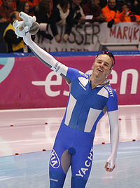 Mika Poutala after 1000 meter race (09-12-2007).jpg