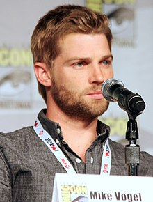 Mike Vogel at the San Diego Comic-Con, July 2013.jpg